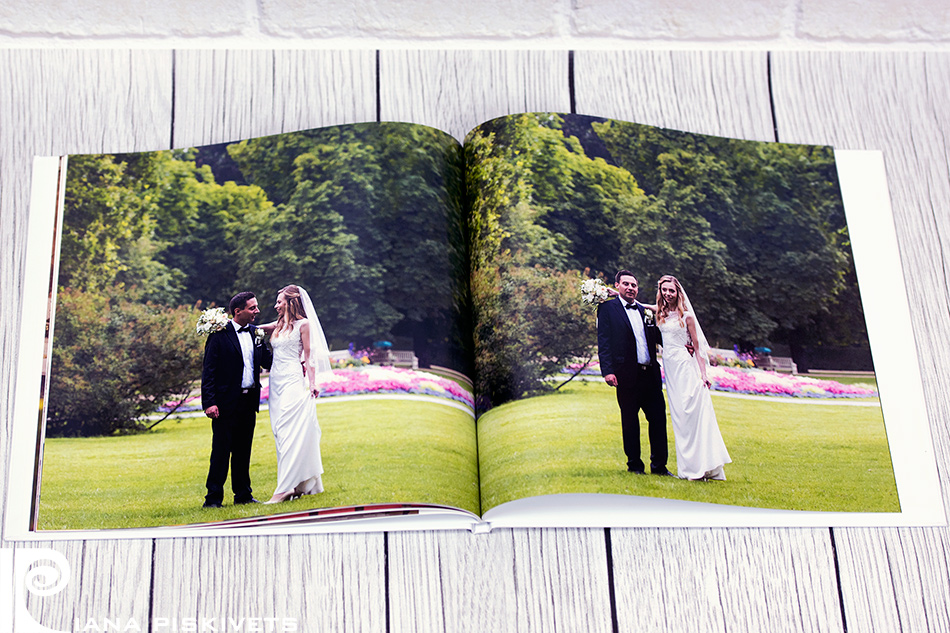Exclusive wedding photo book, photo album of your wedding, church ceremony, marriage registration. What does a wedding photo book look like? How much does a photo book cost? Cost of a photo book. Wedding photo report. Wedding photographer in Warsaw, Wroclaw, Krakow, Poland.