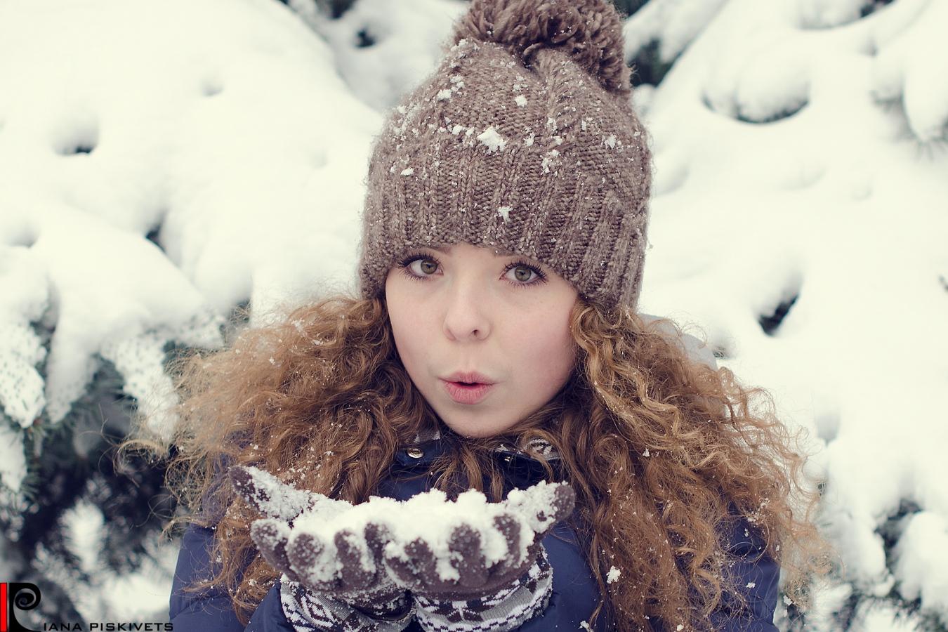Śnieżna zima i piękna Marina!