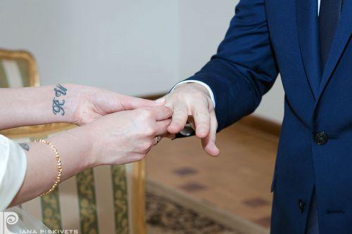 Весільна фотосесія в Варшаві. Весільна фотографія в Польщі. Фотографія шлюбна. Фотографую весілля, вінчання, реєстрацію шлюбу.